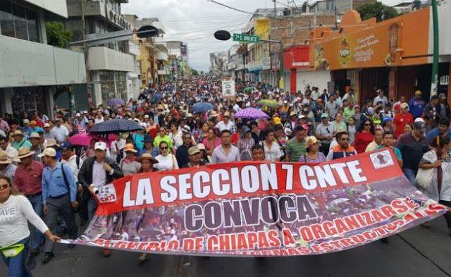 MAESTROS Y PUEBLO PROTESTAN CONTRA REFORMAS Y GASOLINAZO EN CHIAPAS Y OAXACA