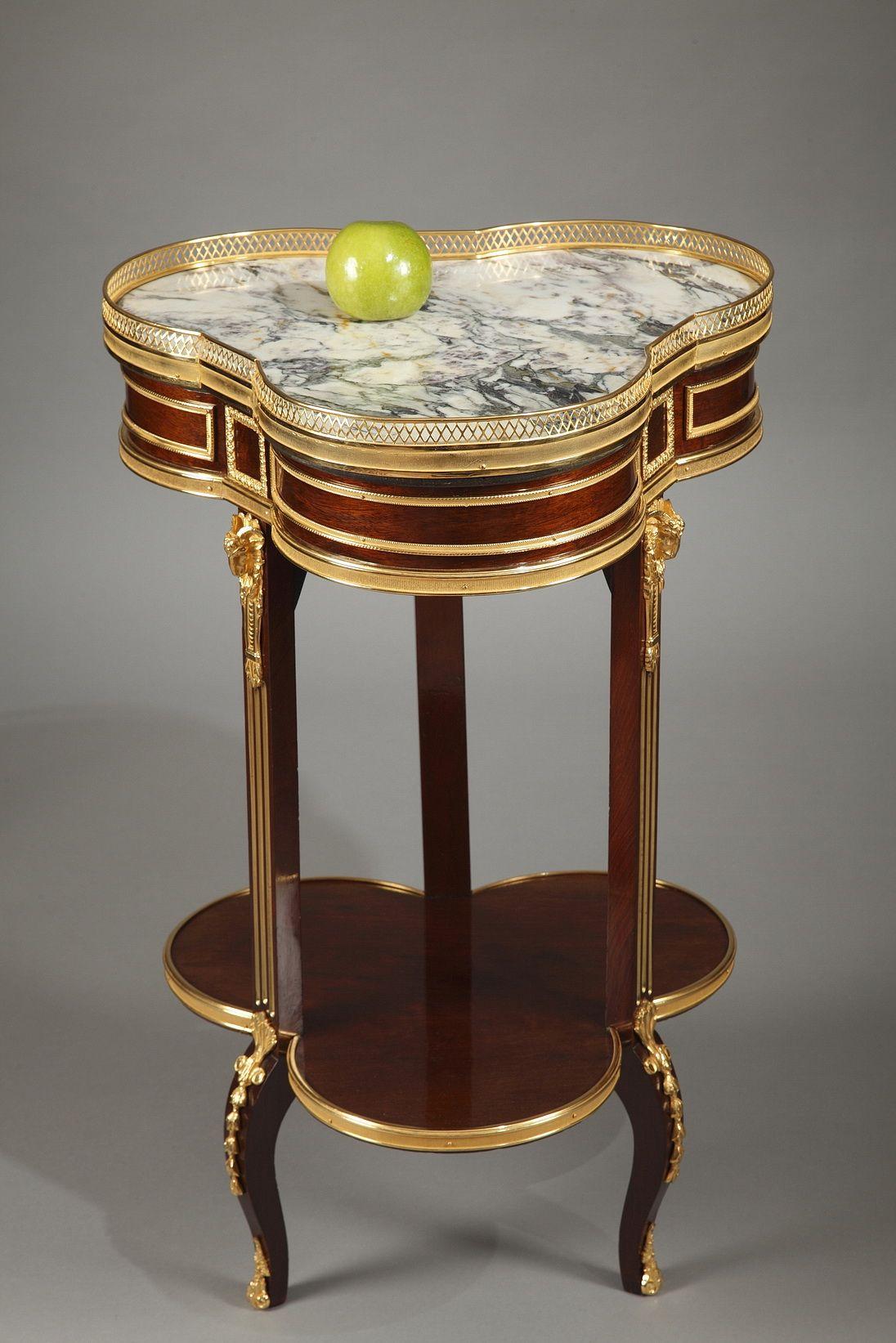 Table Volante En Acajou De Style Transition Xixe Siecle Bronze Decor Mahogany Table Eclectic Furniture