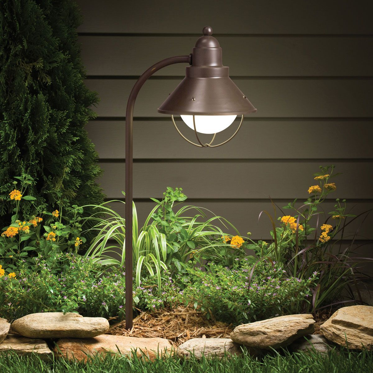 Functional Garden Lighting Two Types Of Lighting Can Be Distinguished In The Gard In 2020 Modern Landscape Lighting Kichler Landscape Lighting Volt Landscape Lighting