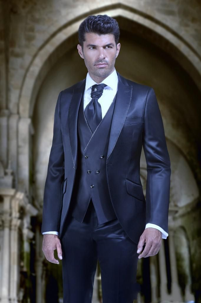 2016 Groom Tuxedos Groomsmen Shiny Navy Blue Peak Lapel Suit Best ...