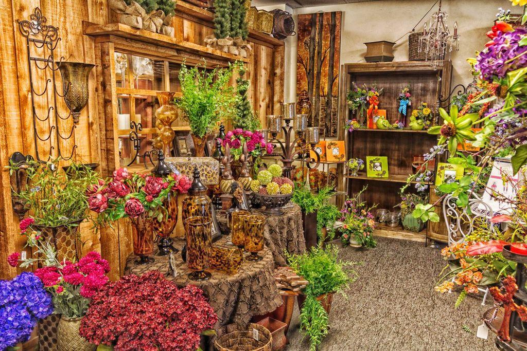 Local Flower Shop In Edmond Ok Jigsaw Puzzle In Flowers Puzzles On Thejigsawpuzzles Com Flower Shop Jigsaw Puzzles Flowers