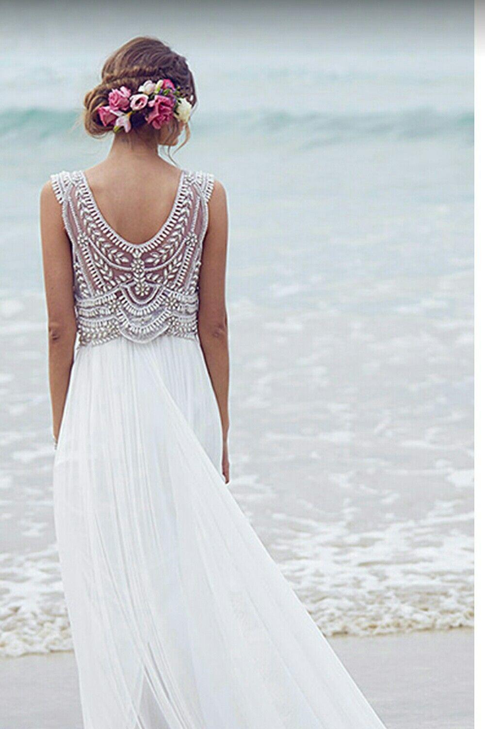 Pin von Nika Beltram auf Mode | Strandhochzeitskleider ...