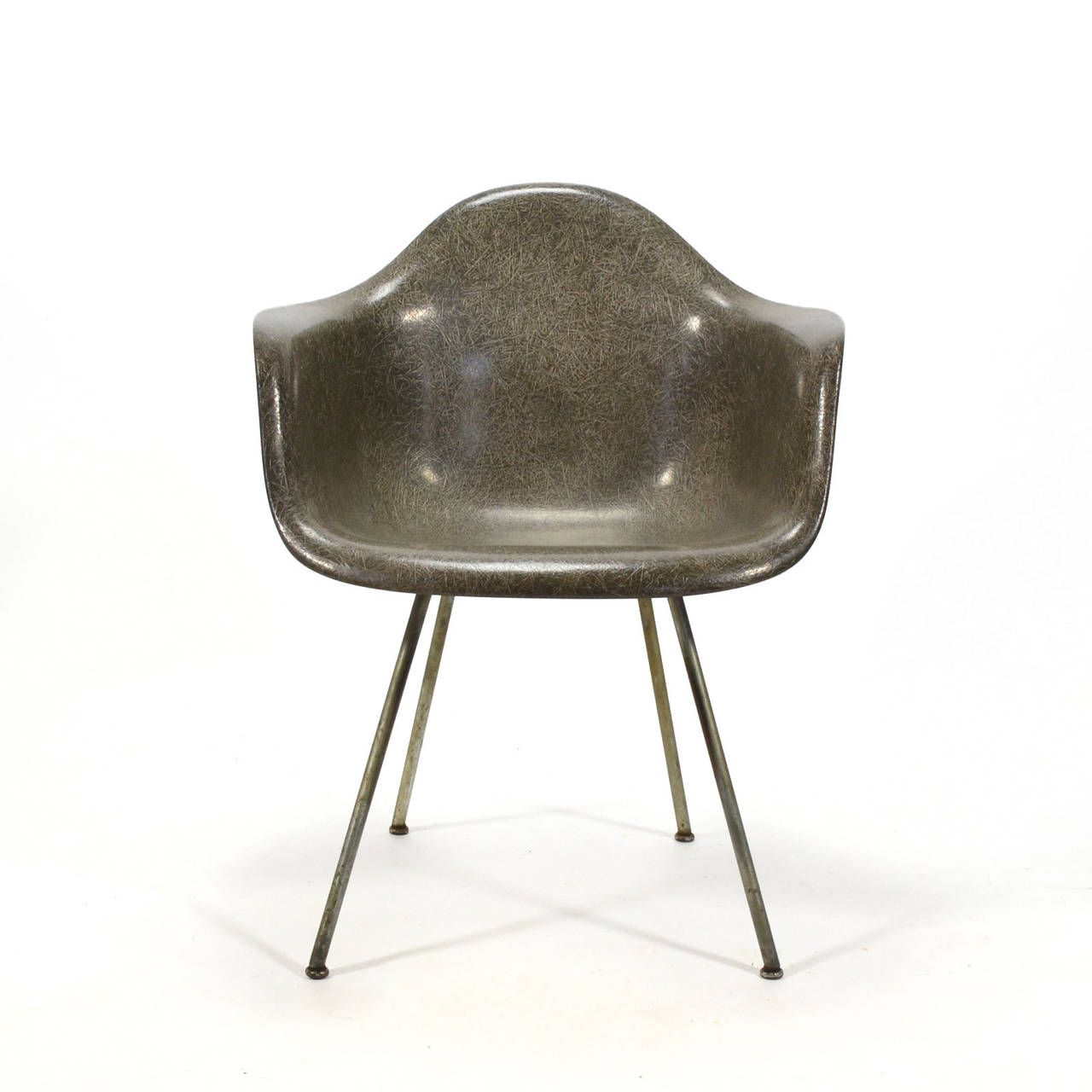 Eames zenith elephant hide gray sax easy chair by herman miller gray