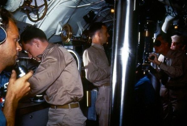 Inside the conning tower of a World War II submarine | Submarine