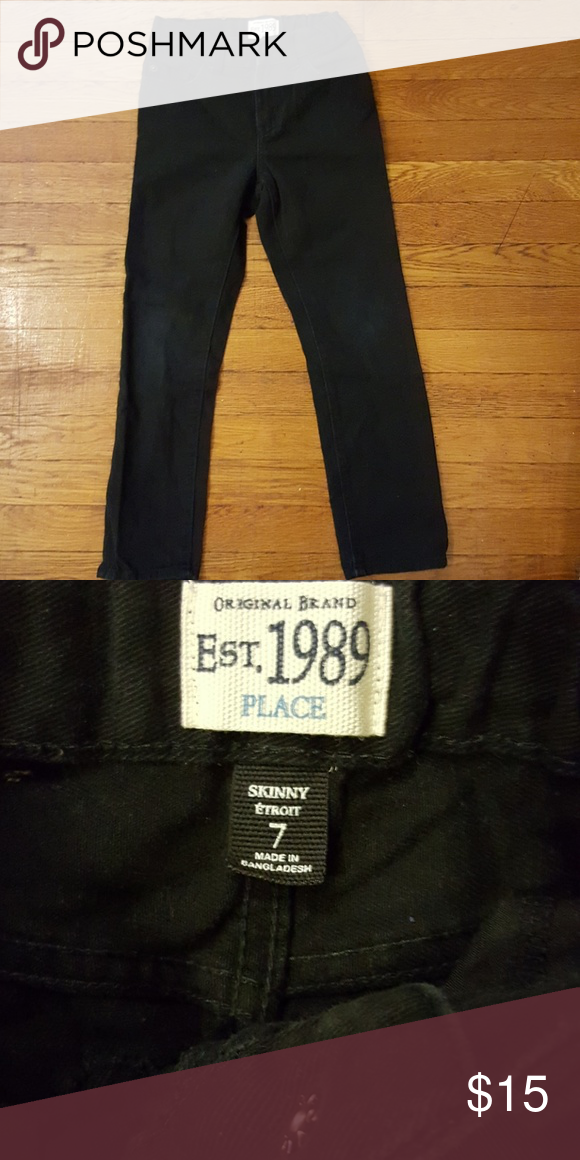 e7a2f5b8f7ac Children s Place black jeans Boy s 5 pocket jean pants with adjustable  waist and snap closure. In excellent condition Children s Place Bottoms  Jeans