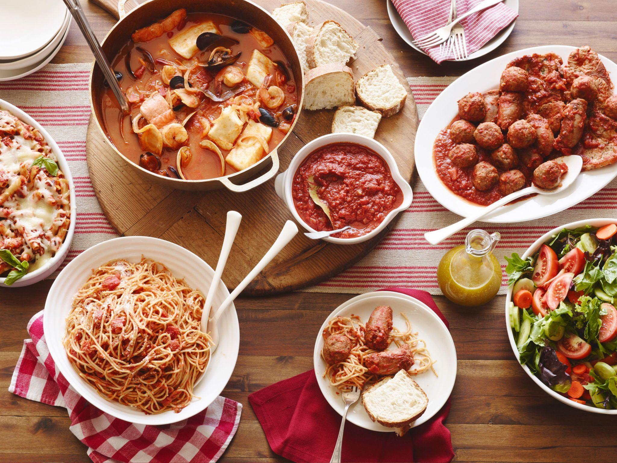 14 Italian Recipes That Aren T Actually Italian Italian Recipes Traditional Famous Italian Dishes Food Network Recipes