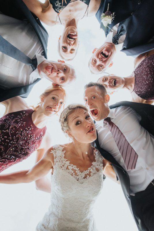 Best 11 Witzige und ausgefallene Gruppenfotos auf der Hochzeit Funny and unusual group photos at the wedding