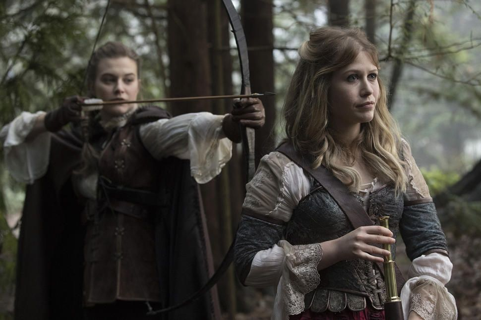 Once Upon A Time Fans React To Alice And Robin S Romance With
