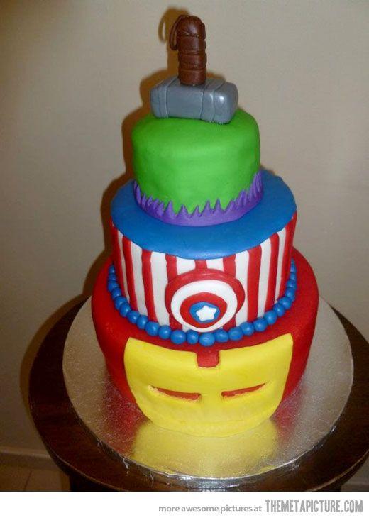 funny-Avengers-cake-cool