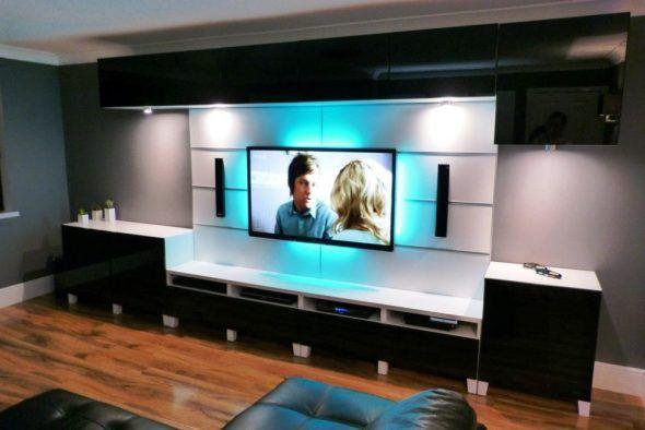 Meuble TV mural blanc et noir laqué pour un salon élégant Déco