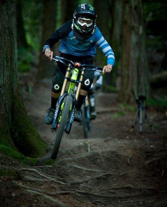 Pin By Leo Mitchell On Bikes An Bmx In 2020 Mountain Biking