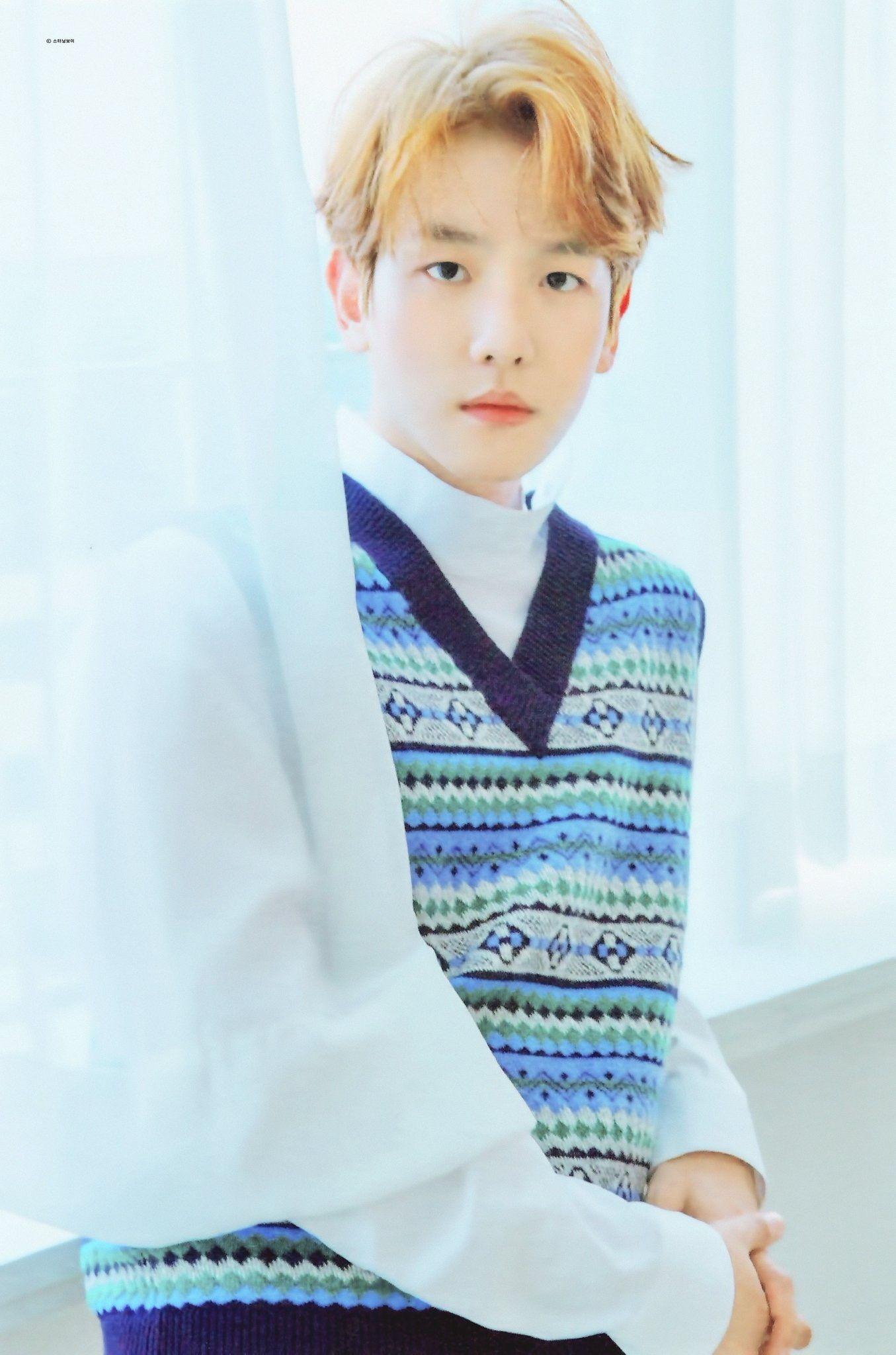 Pin oleh 방탄소년단 (BTS) & EXO (엑소) di EXO 2017 Winter