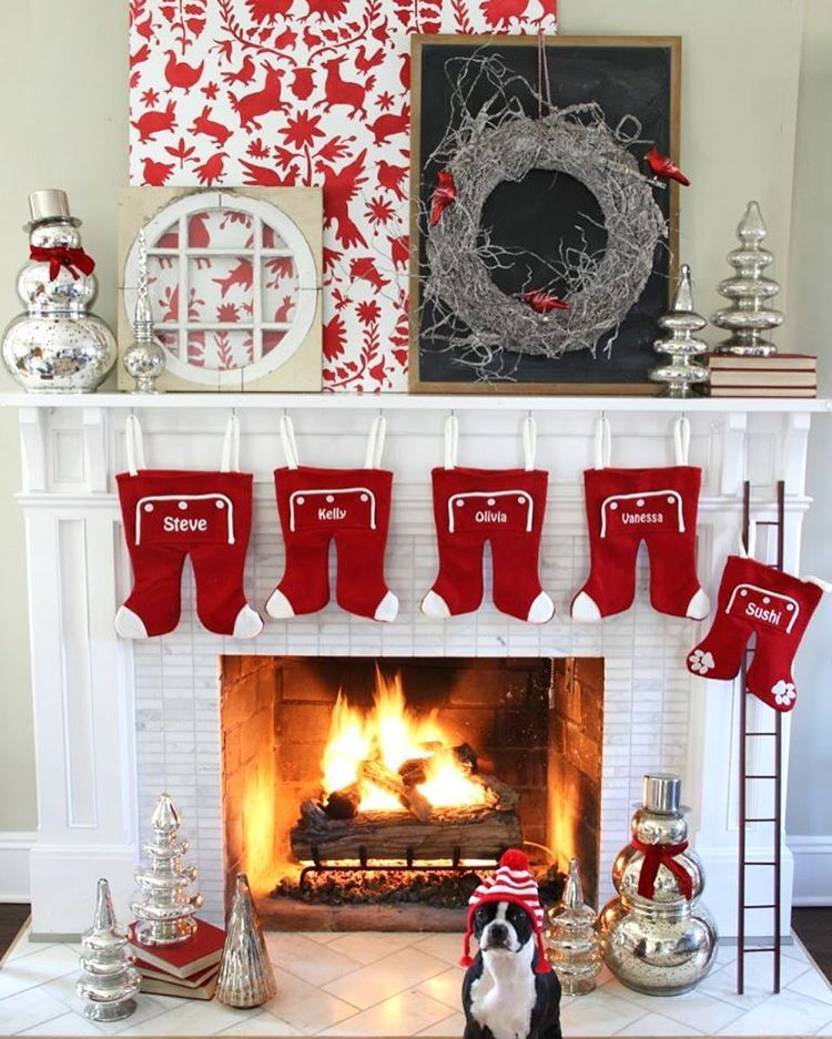 Decorating For The Holidays With A Stenciled Backdrop Diy