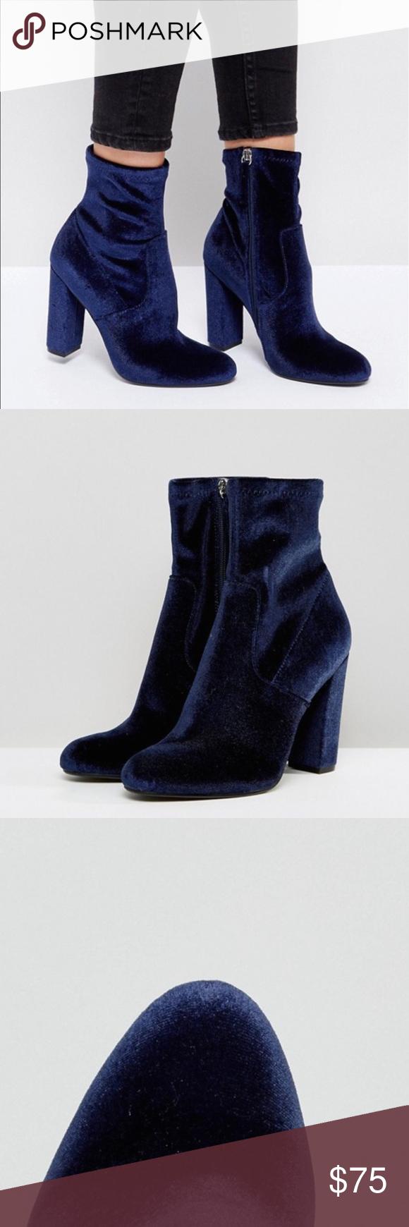 NWT SteveMadden Editt Velvet Boots 10