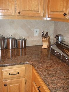 Kitchen Backsplash Pictures With Oak Cabinets oak cabinets countertop colors - google search | home re due