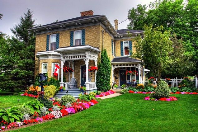 Victorian Front Yard, Flowers Front Yard Landscaping ...