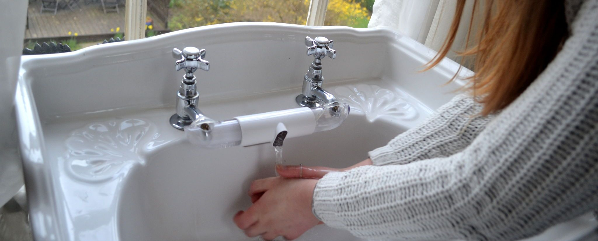 Tired of separate taps for hot and cold water? Retromixer is the ...