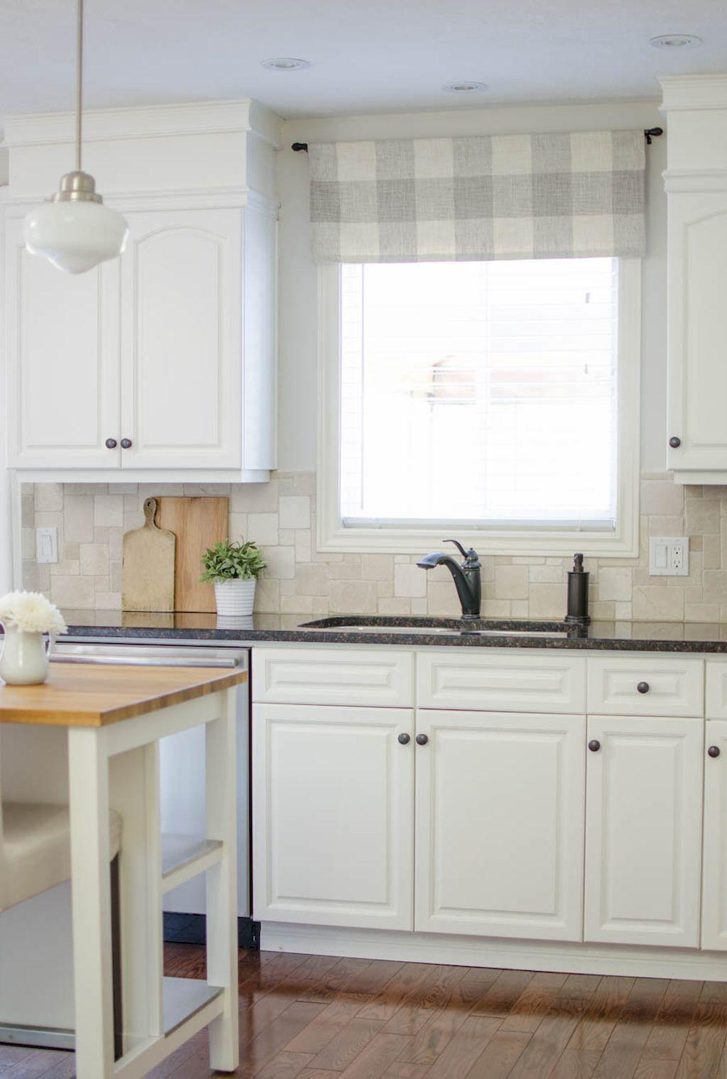 70 best farmhouse kitchen curtains decor ideas 26 traitements de fenêtre de cuisine fenêtre on farmhouse kitchen valance ideas id=67582