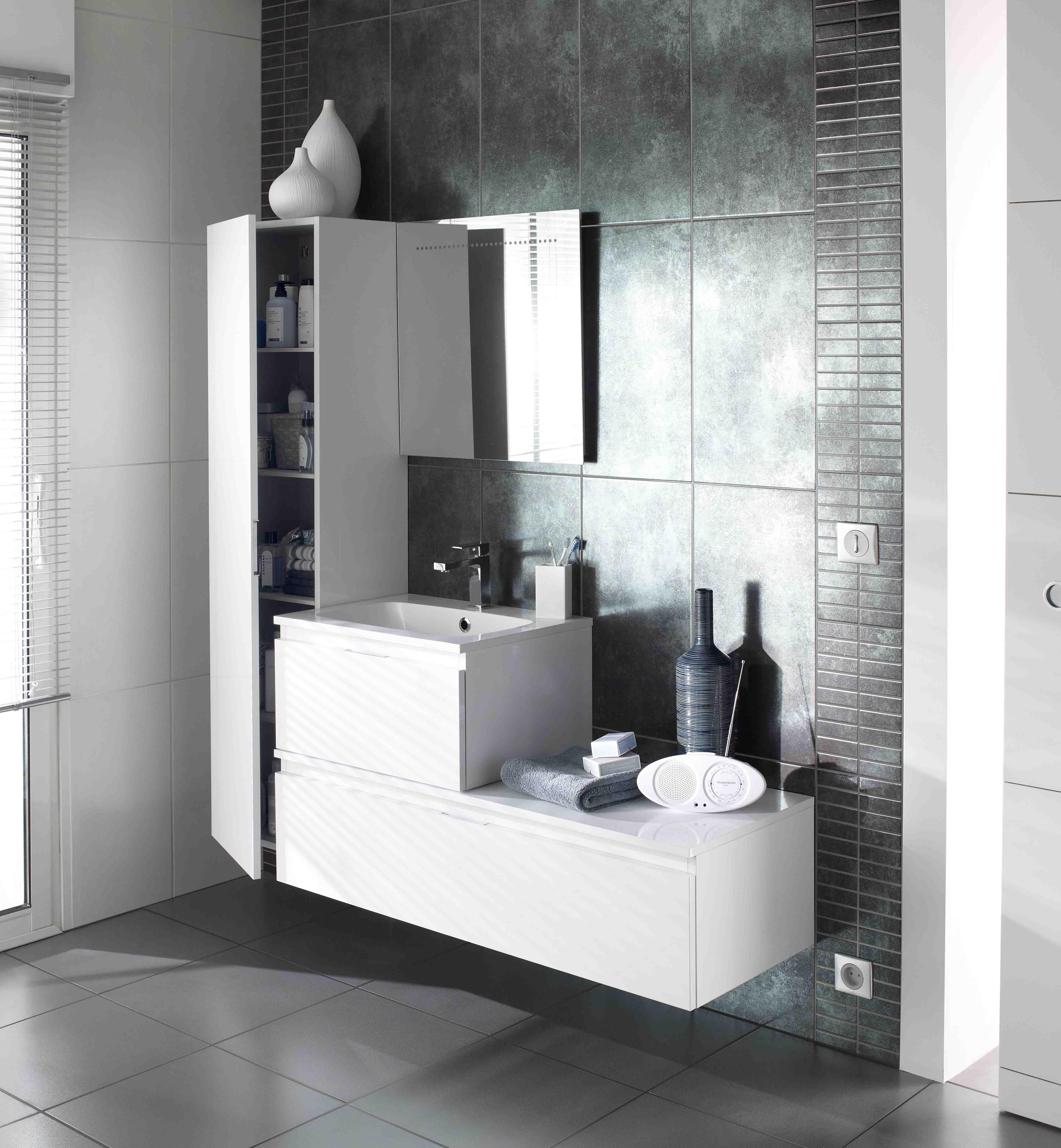 Avec ses diff rents coloris bois s assouvissez vos envies - Modele salle de bain contemporaine ...