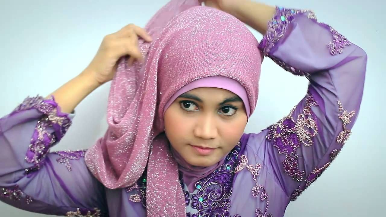 Photo of Hijab tutorial Kebaya Modern/Graduation Day