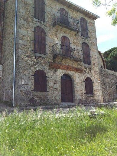 Fachada de la plaza de toros de Bejar,la mas antigua de España