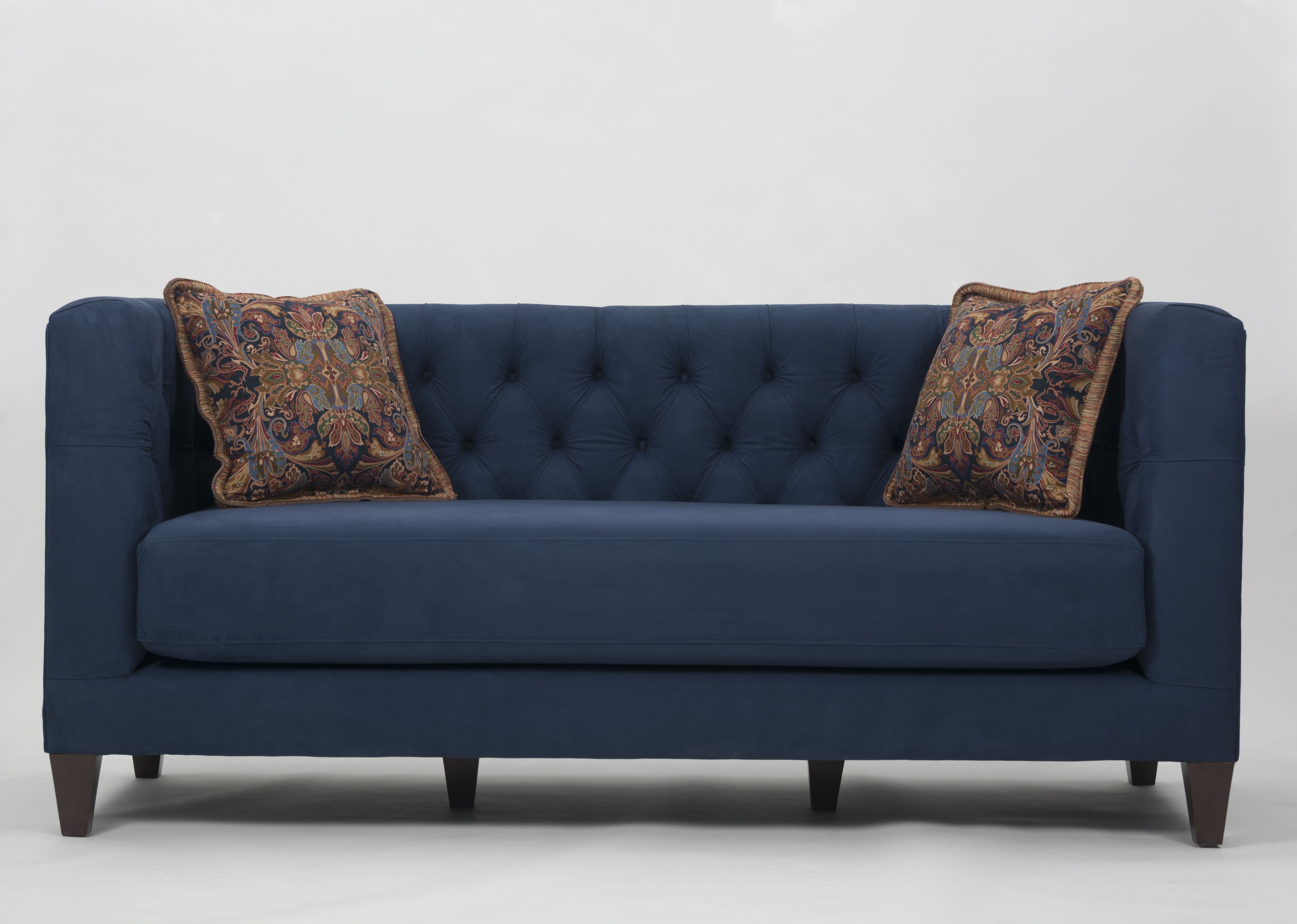 Custom Upholstered On Tufted Sofa With Accent Pillows Wharton Hunt Can Build This For