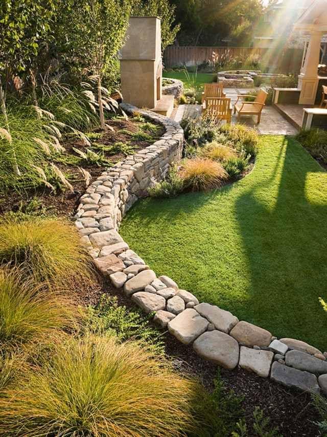Mur de cl ture en pierre jardin pinterest mur for Mur en pierre jardin
