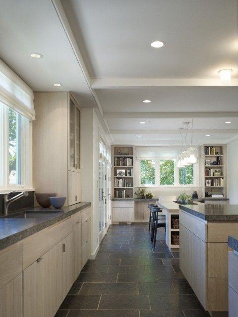 Carrelage gris foncé, meubles bois clair | Choix de carrelage ...
