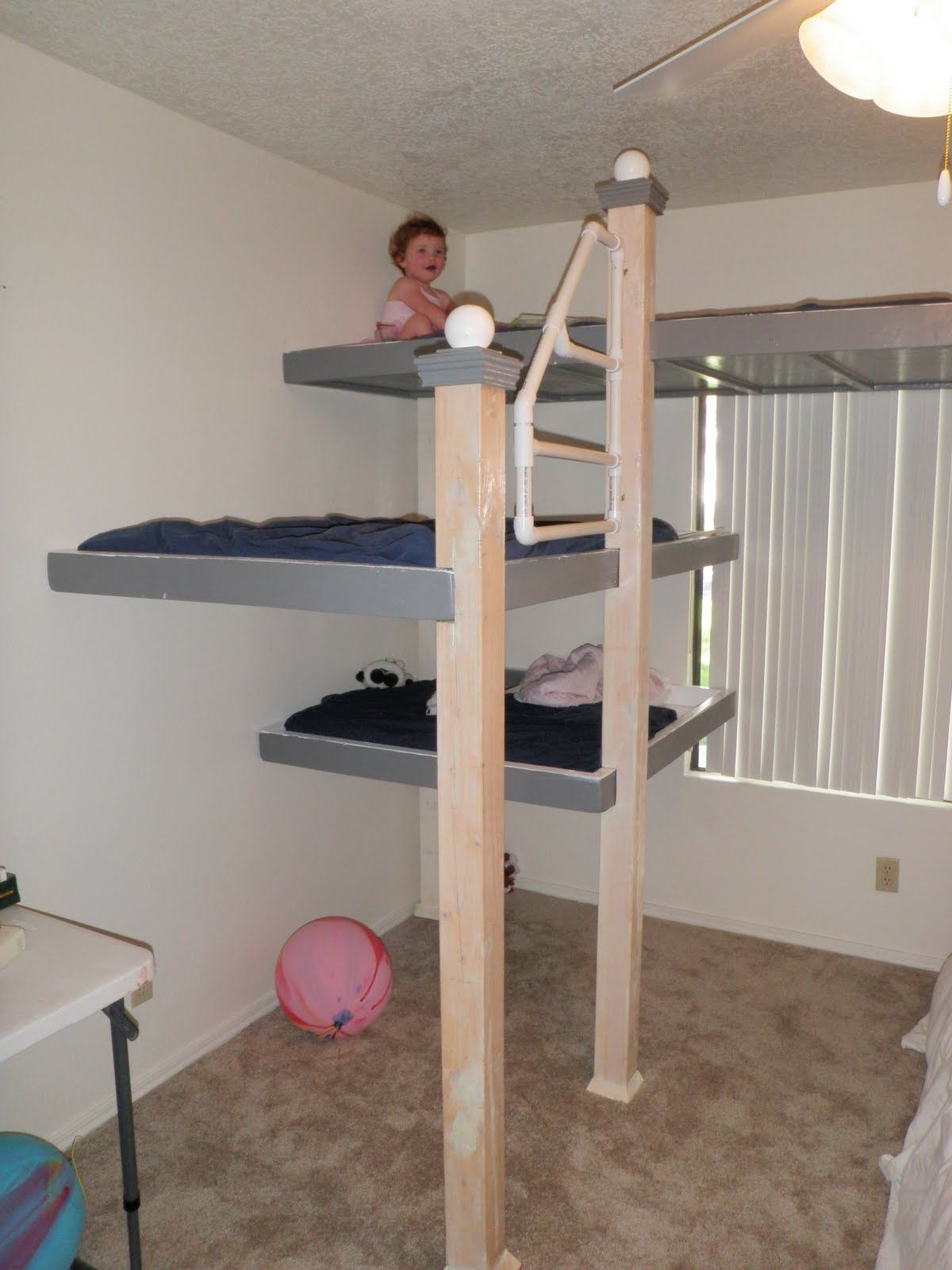 Coolest Bunk Beds Ever For More Awesome Bunk Bed Ideas Take A Look At Homeizy Com Cool Bunk Beds Modern Bunk Beds Cheap Bunk Beds