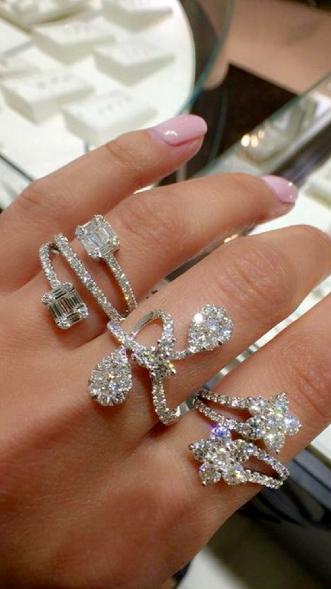 stone white rings nl gold engagement wedding cut with flawless rg princess set ring bezel diamond three in jewelry kite rose