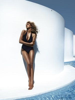 Kate upton feet pics barefoot high heel and sandals list of the sexiest barefoot high heels sandals open toed shoe and beach time kate upton feet pictures according to wikifeet kate upton has size 85 altavistaventures Choice Image