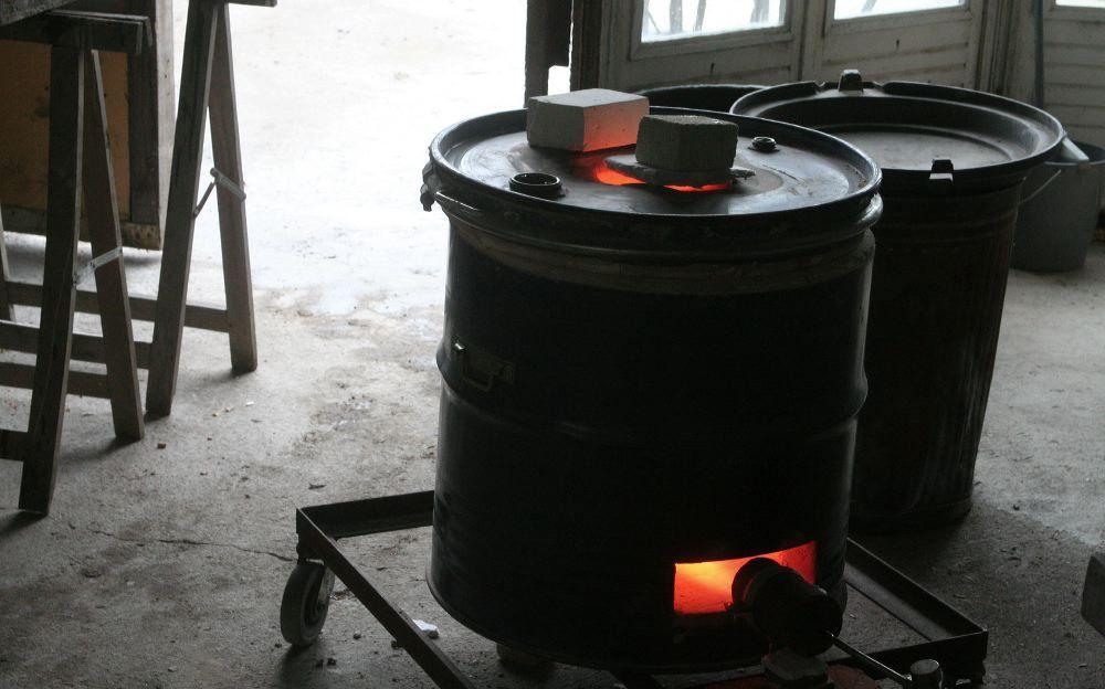 Construction tr s conomique d 39 un petit four raku - Fabriquer un tour de potier ...