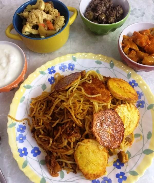 iranian style spaghetti delicious and appetizing persisch afghanisches essen pinterest. Black Bedroom Furniture Sets. Home Design Ideas
