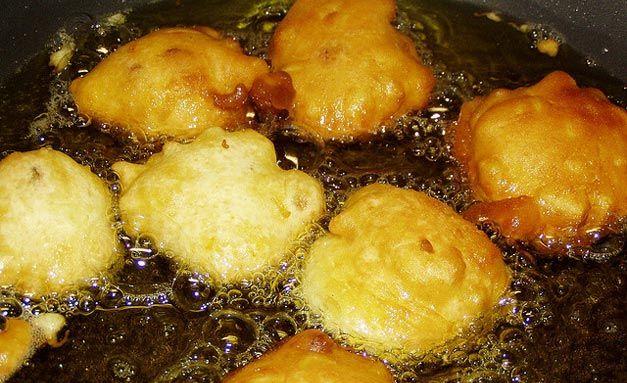 Le scarpelle sono una delle ricette natalizie tipiche del molise delle frittelle gustose che - Ricette che possono cucinare i bambini ...