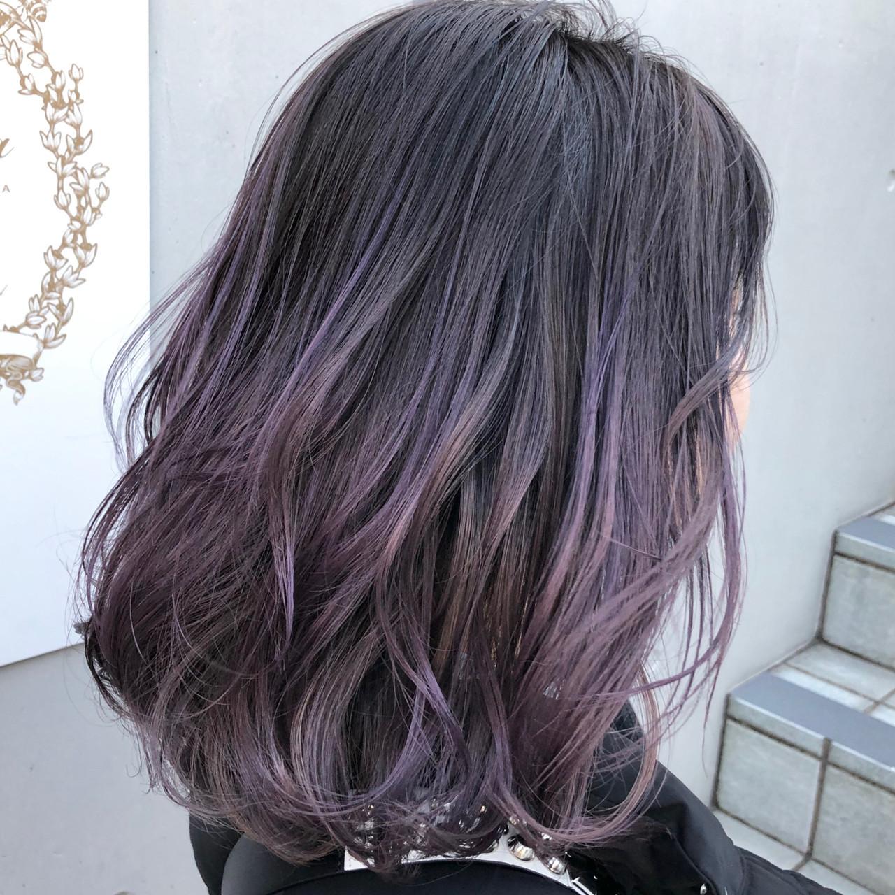 最旬グラデーションカラーは黒髪ベースが鉄則 レングス別スタイル8選 Hair 髪 グラデーション パープルヘアー 紫 ヘアカラー