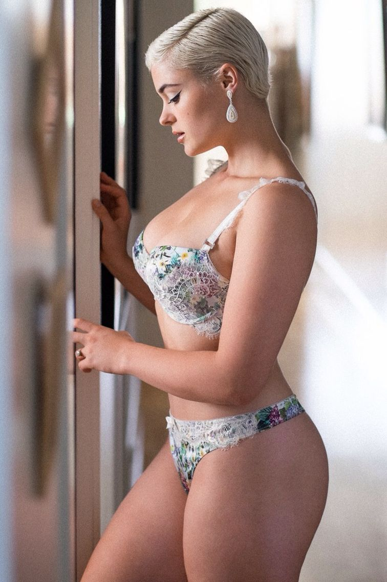 Is a cute Stefania Ferrario naked (25 photos), Sexy, Fappening, Boobs, braless 2019