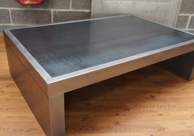 Table basse industrielle metal work tables and metals - Table basse carree metal ...