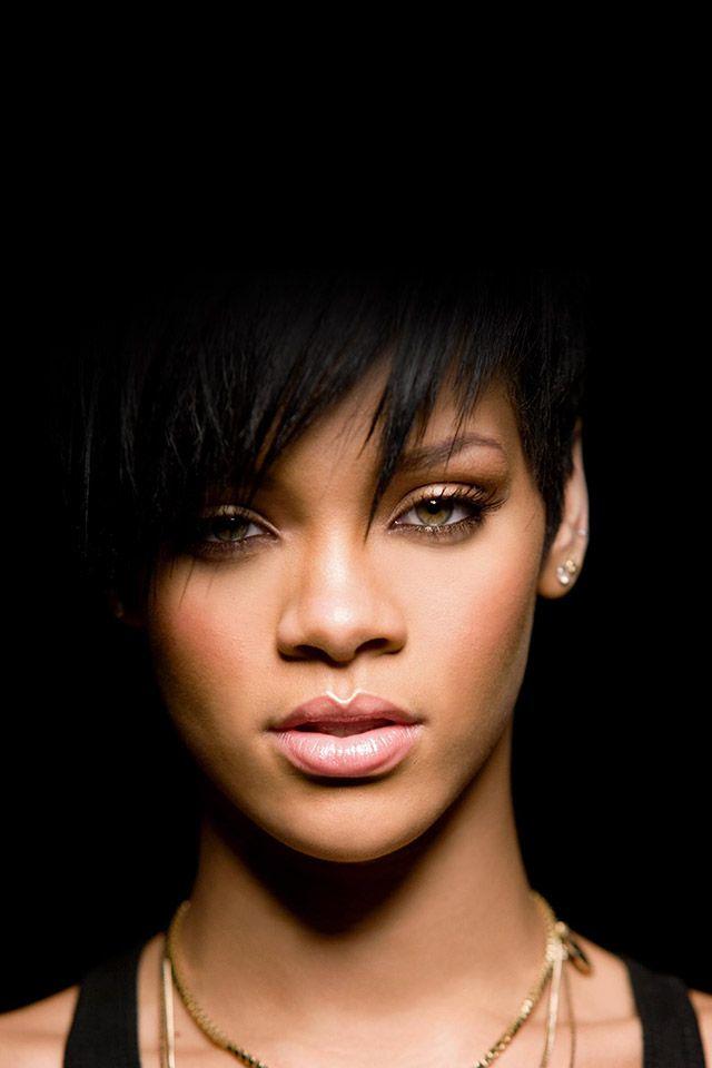 FreeiOS7 rihannaindark Rihanna