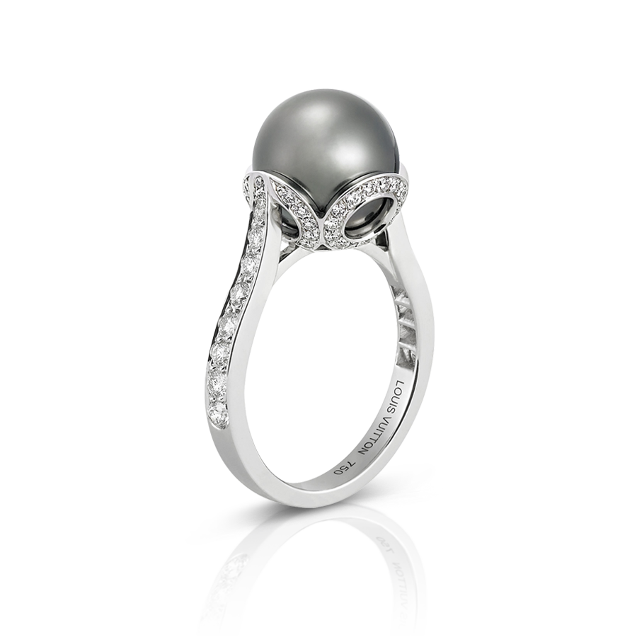 I Would Like To Set My Black Pearl Like This! Better Send This Photo To Jj!   Sparkles And Baubles  Pinterest  Pearl Rings And Pearls