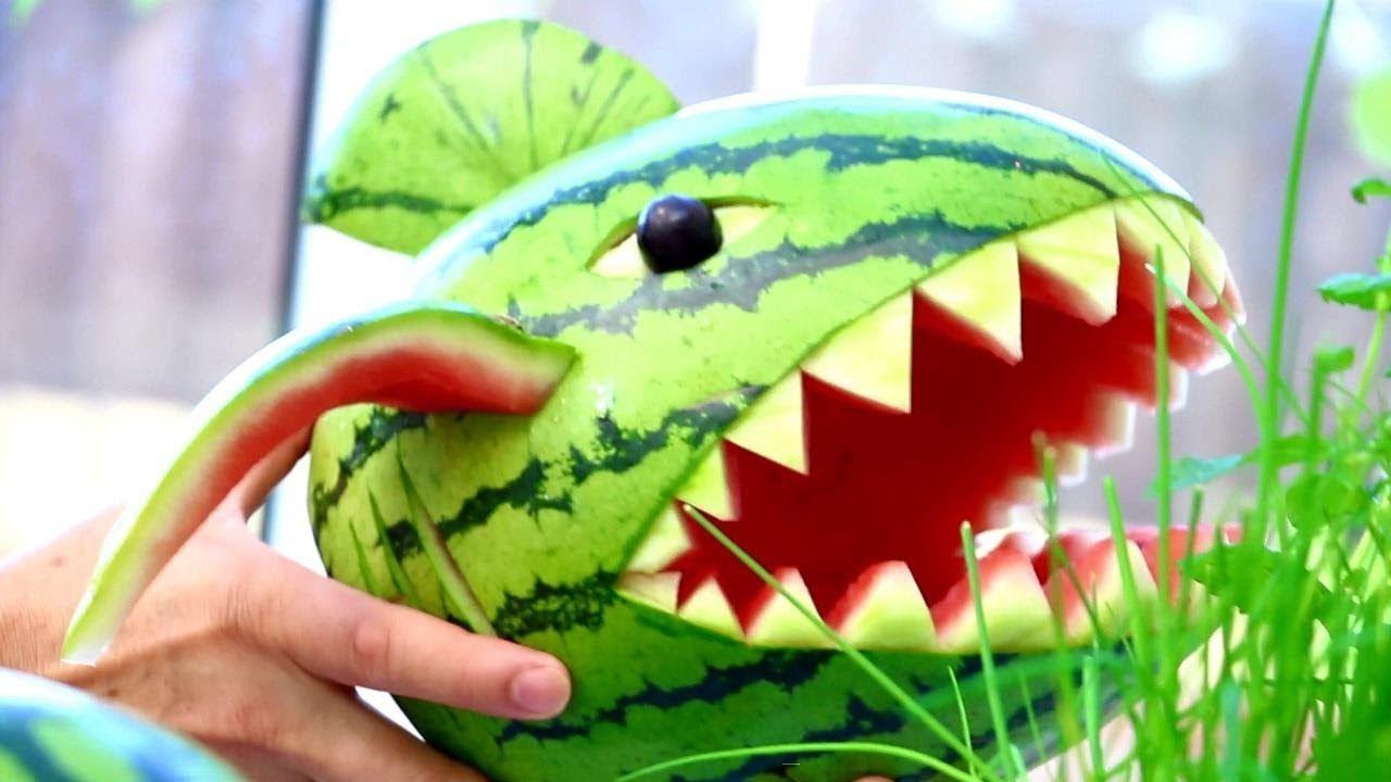 Art in watermelon shark fruit u vegetable carving party