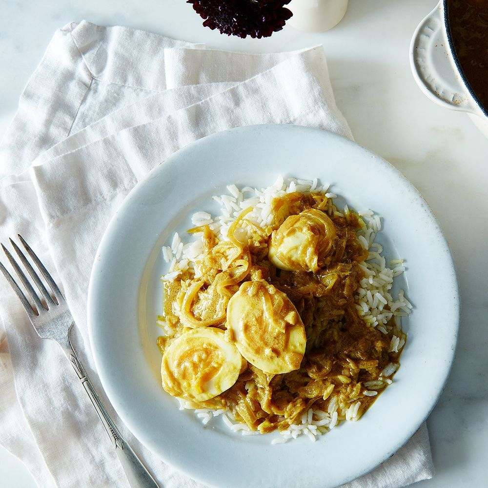 Caramelized onion coconut and egg curry recipe egg curry caramelized onion coconut and egg curry recipes dinnerbrunch forumfinder Choice Image