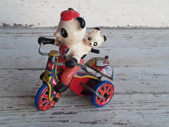 Vintage Wind Up Panda Bears Tricycle Tin Toy (Korea) MTU Panda Bear with baby Panda bear on a Tricycle #babypandabears