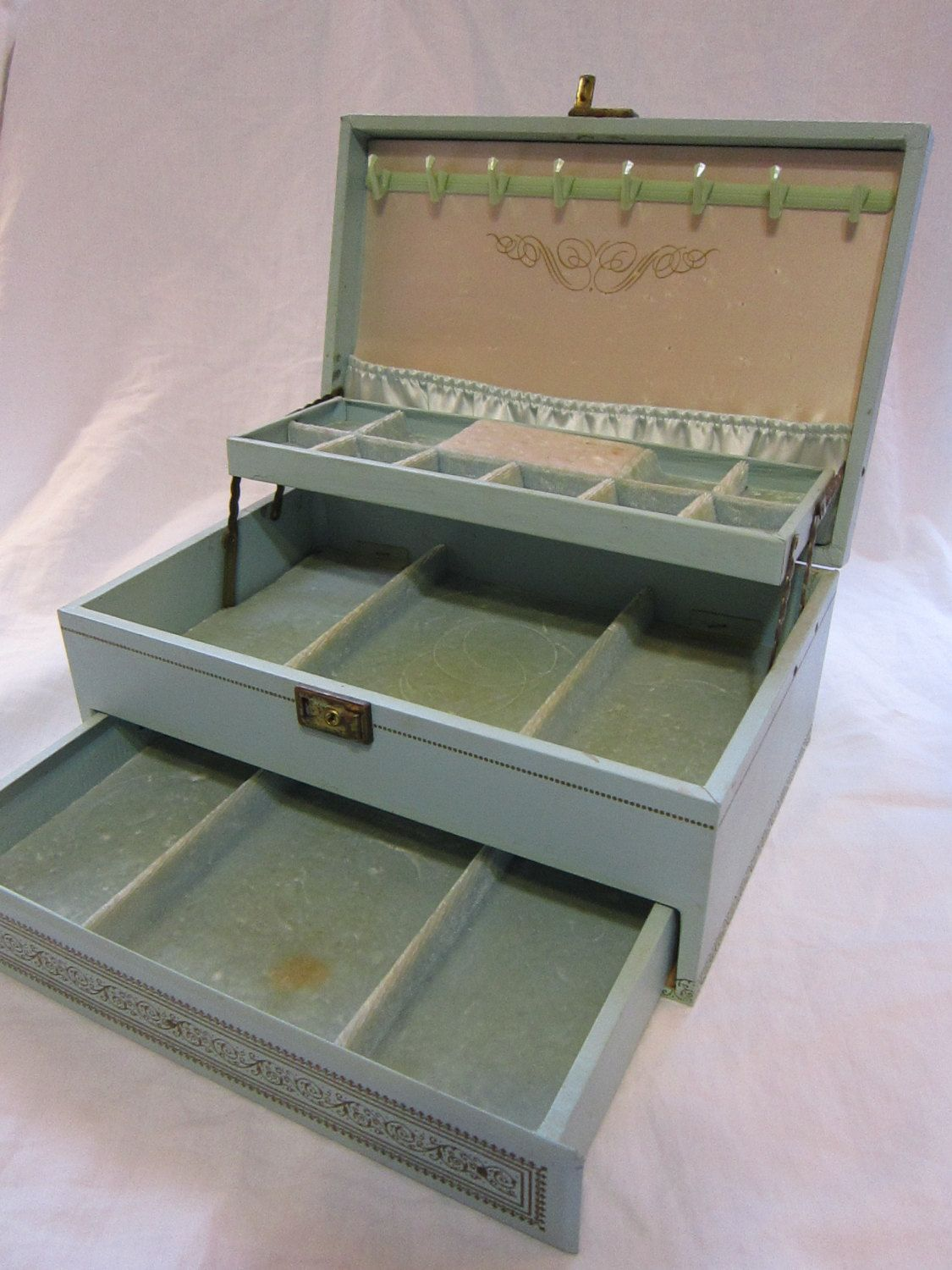 vintage MELE jewelry box AQUA baby blue 3 tiers with ring slots