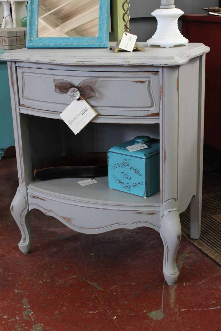 Simple Neutral Distressed Nightstands Vintage French Provincial