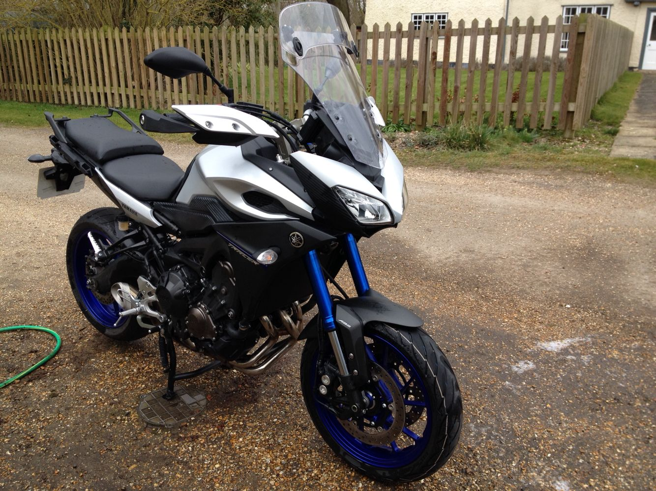 Front View Of Lynx Fairing On Rick39s Drz400sm Low Beam Is