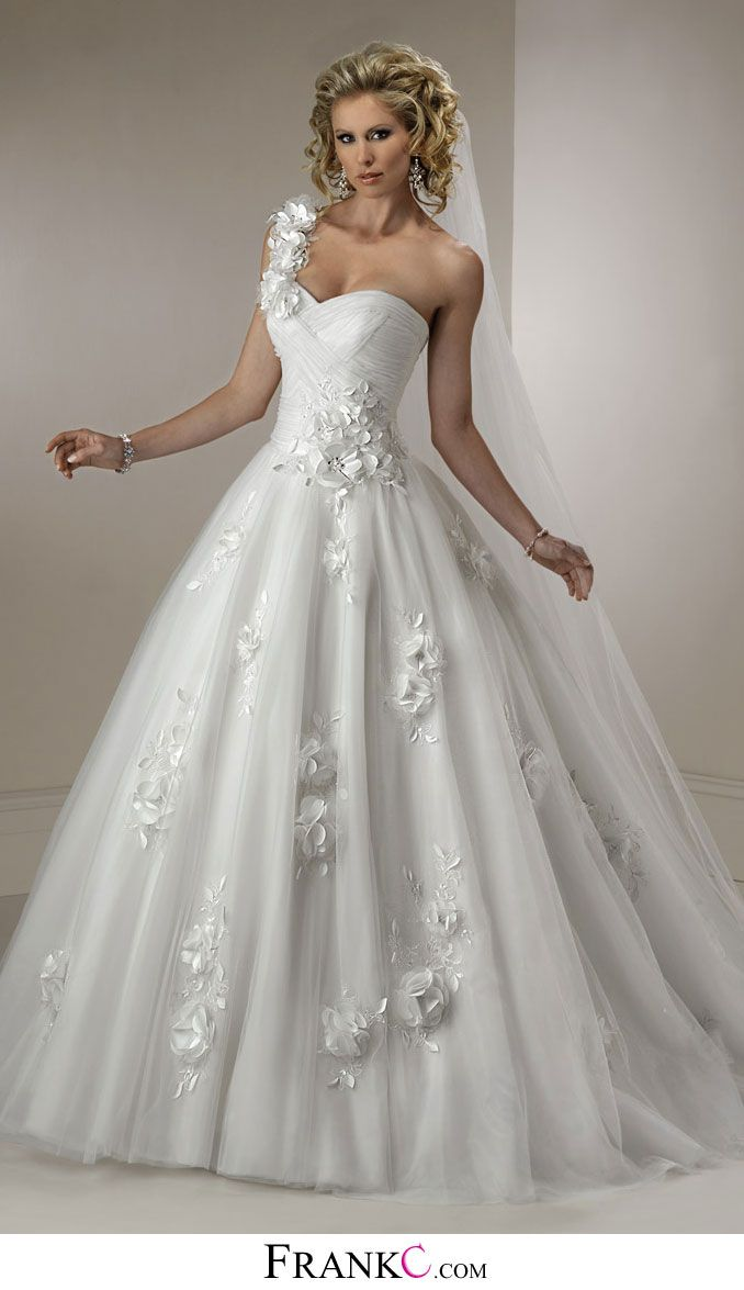 princess wedding dress,sweetheart wedding dress | Wedding Bells ...