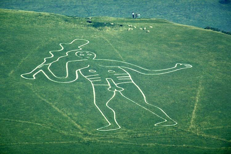 The ithyphallic Giant of Cerne Abbas, Dorset, over 180 feet in ...