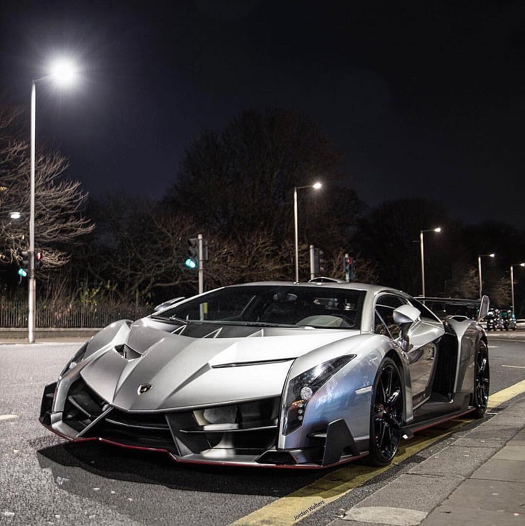Lamborghini Veneno, Sports Cars