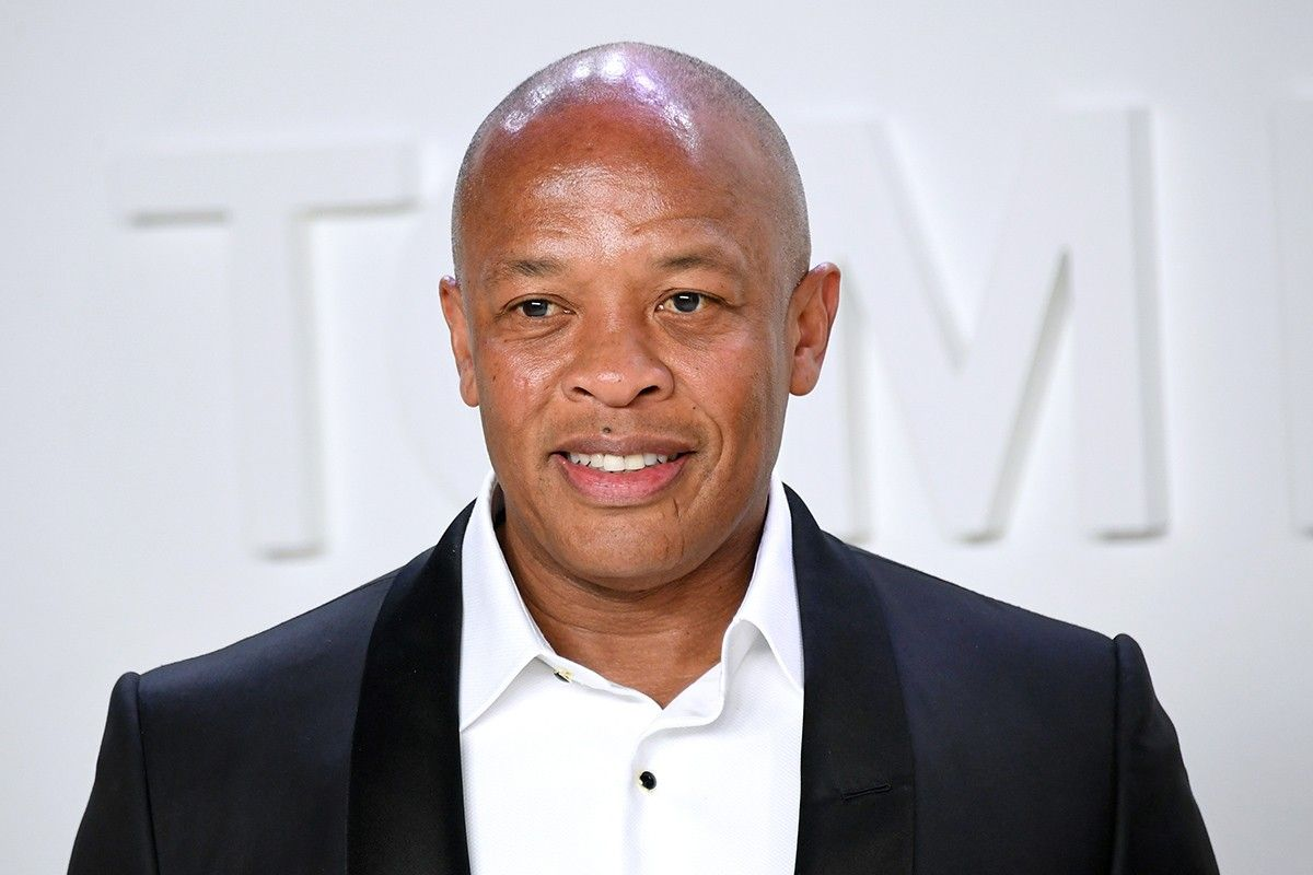 Dr Dre S The Chronic To Be Archived In Library Of Congress In 2020