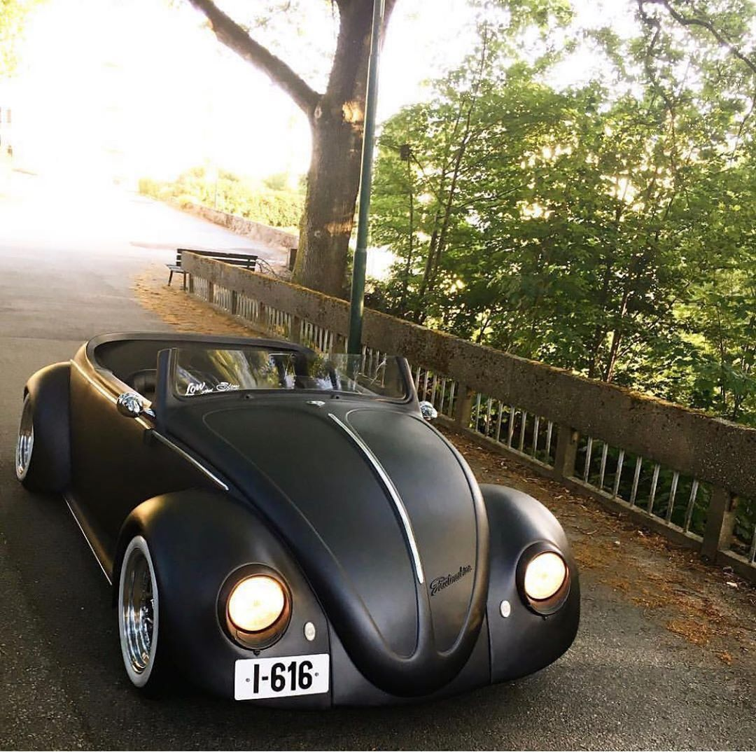 This Is Such A Nice Volkswagen Bug Anyone Agree Fast Car Speed Fastcar Zoom Quick Race Subaru Ford Mustang Mercedes Vw Cars Custom Cars Super Cars